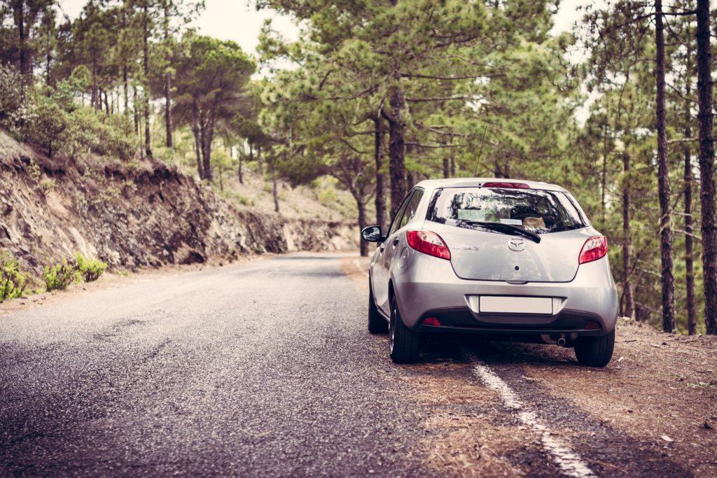 Automobile : les bons réflexes à avoir quand on part en vacances