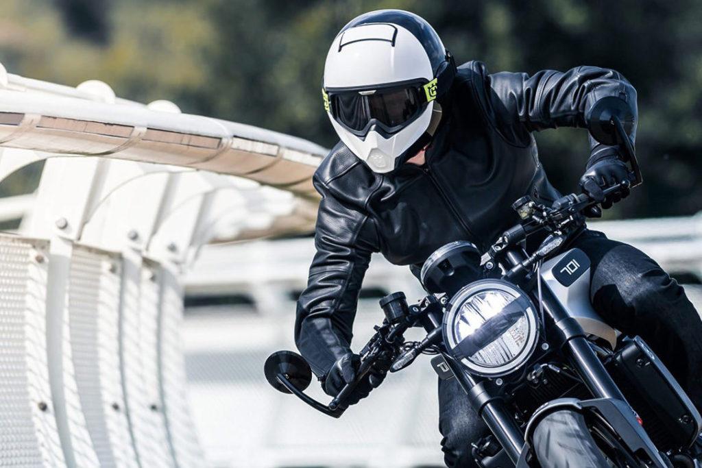 Casques de moto : les critères de choix des différents modèles