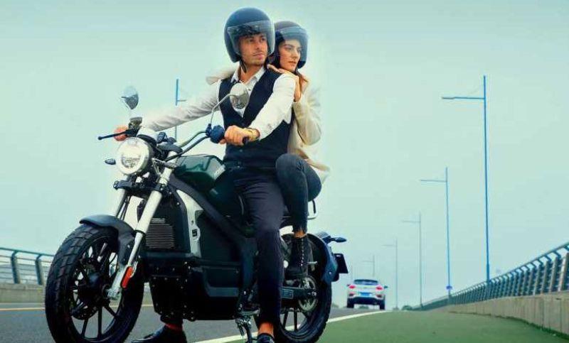 Pourquoi opter pour une moto électrique ?